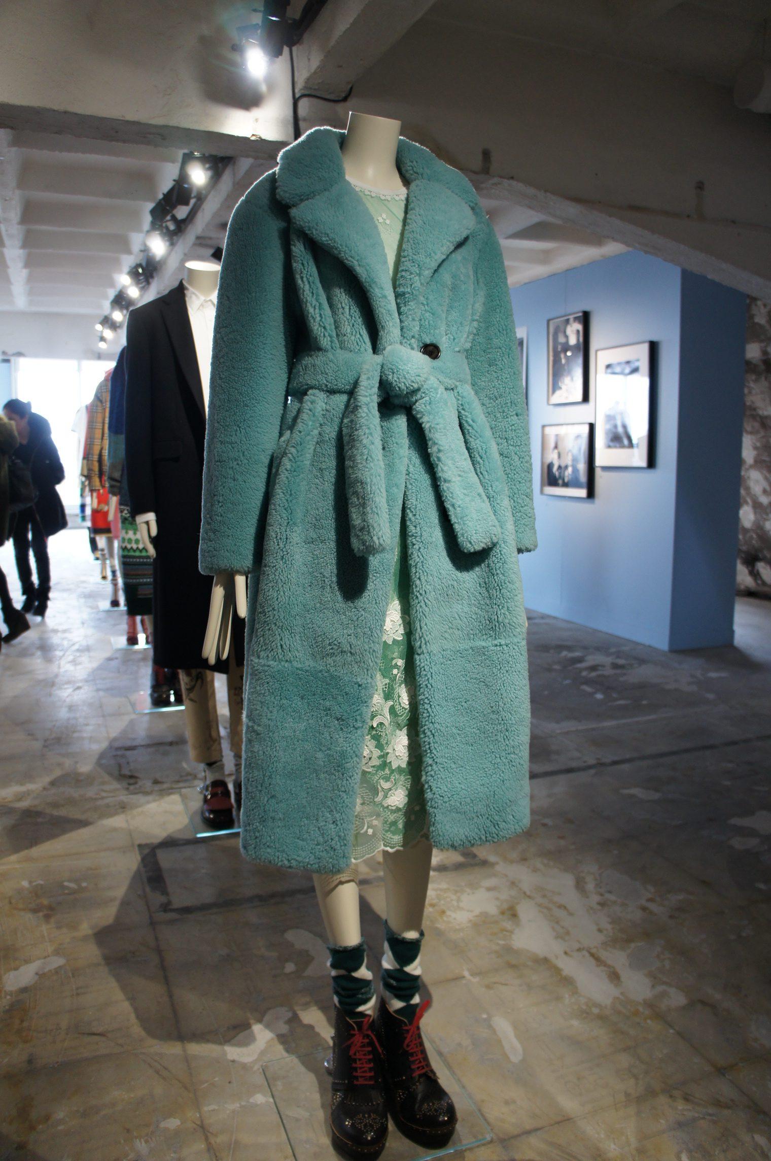 """Exposition Burberry """"Here we are"""". Collection printemps été 2018."""