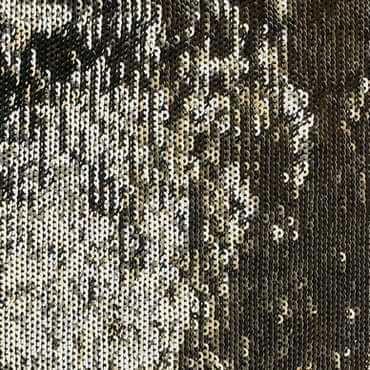 Sequins cousus en lignes parallèles et en domino